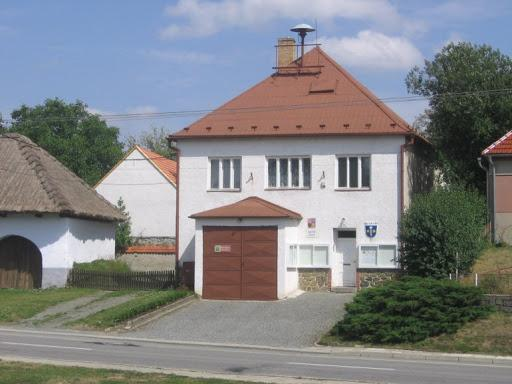 Obec Senetářov obecní úřad
